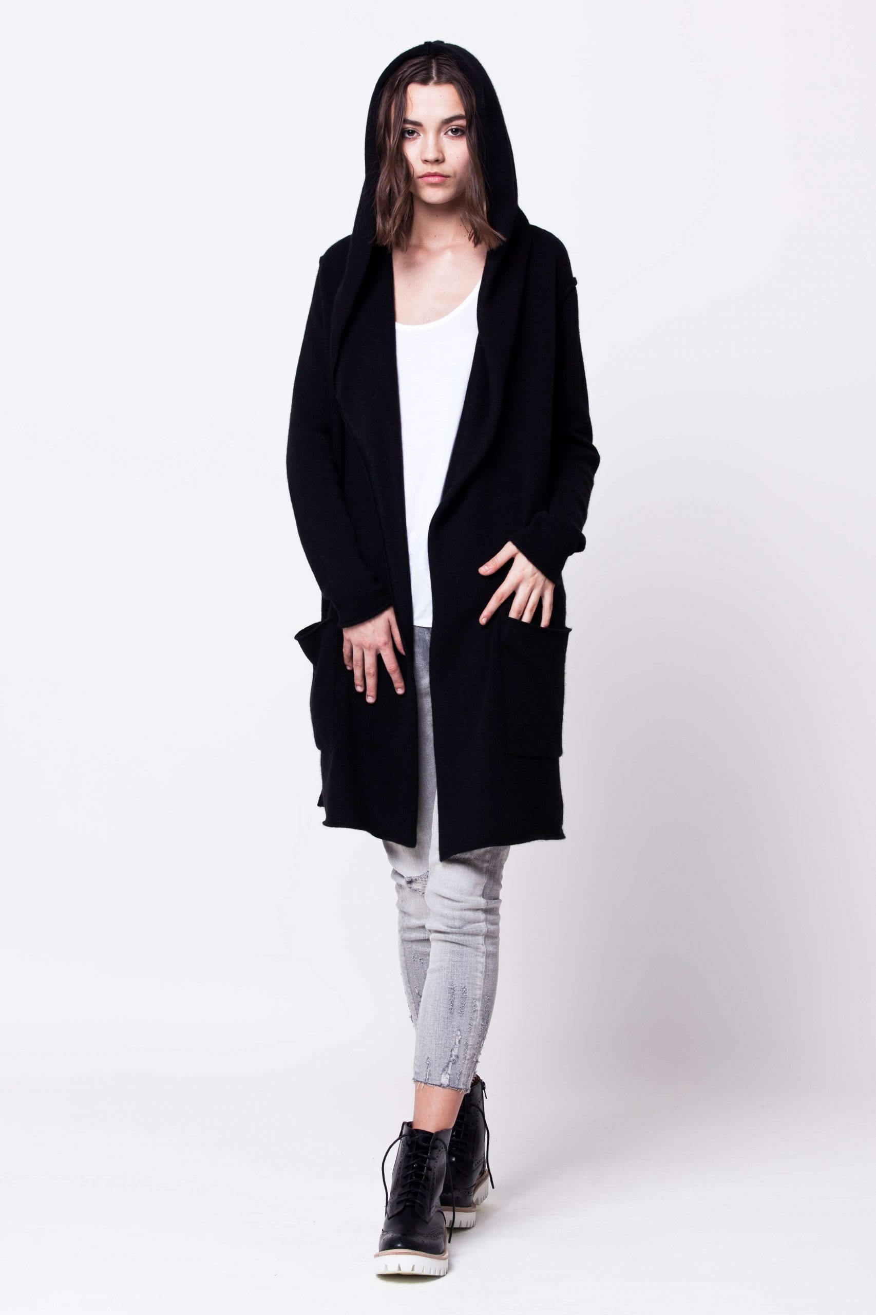 Schwarze Kaschmir Damen Strickjacke mit Kapuze EDITH BLACK